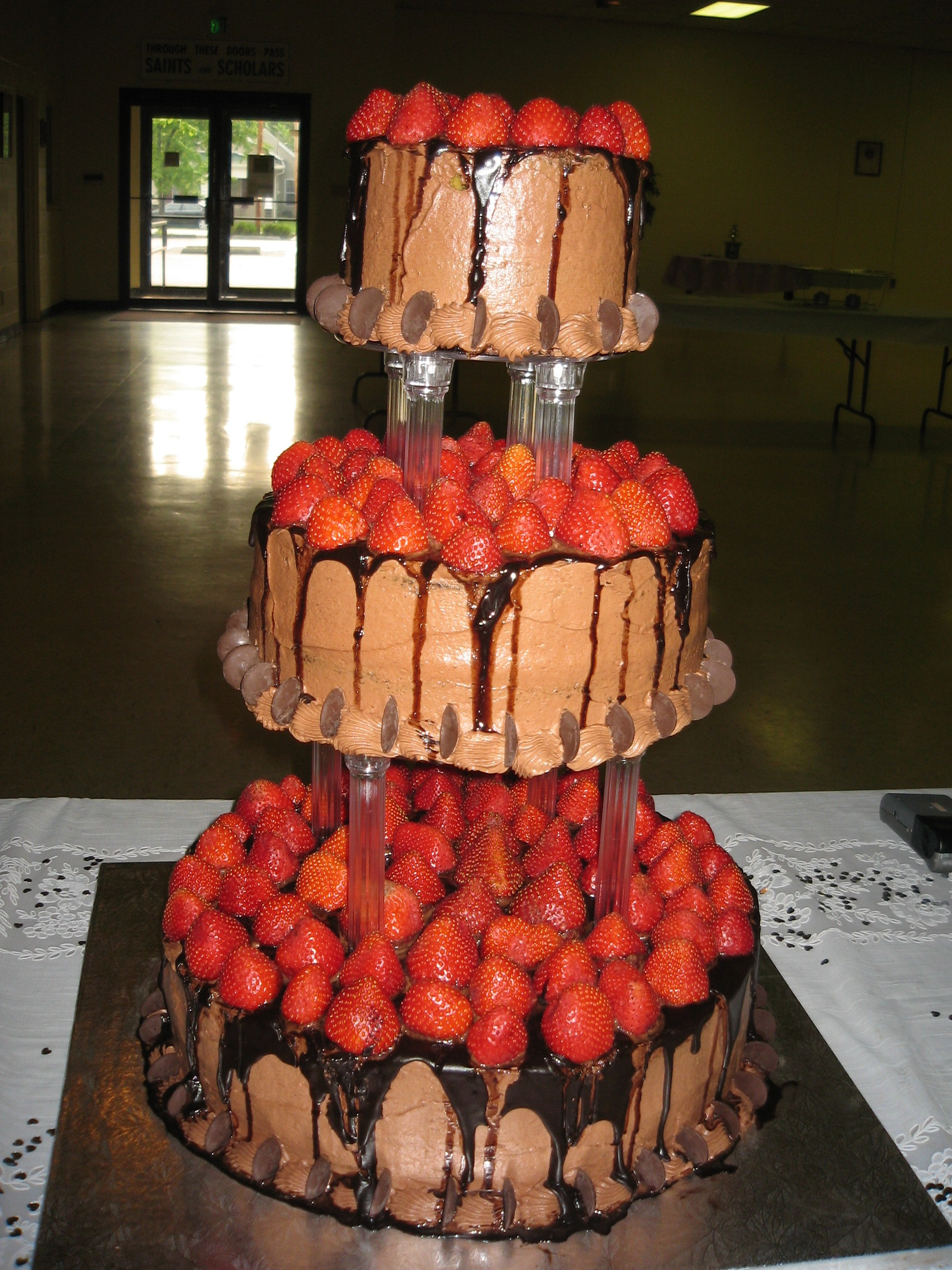 3-Tier Floating Chocolate Round with Strawberries